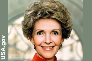 The official photo of Nancy Reagan in 1983